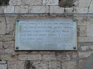 Così Dante su Perugia.